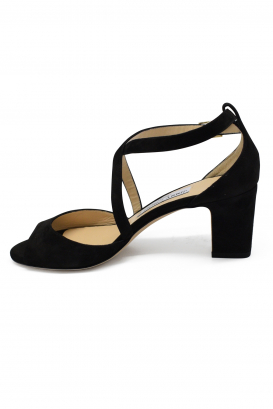 Sandales Carrie 65 Jimmy Choo en daim noir à talon mi-haut et bout ouvert, avec brides croisées à l'avant et bride cheville à bo