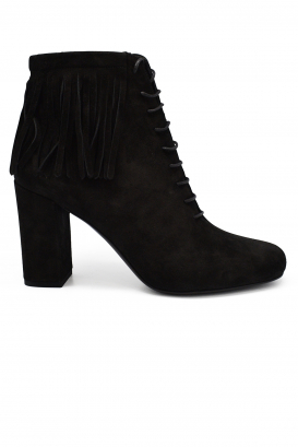 Saint Laurent lace-up heel boots in camel suede with slighlty squared toe and ankle fringes